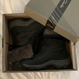 Clark's Arctic Venture boot (Never worn)